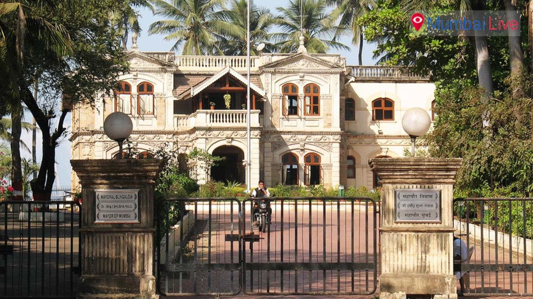 Sena, independent corporators meet at Mayor's Bungalow
