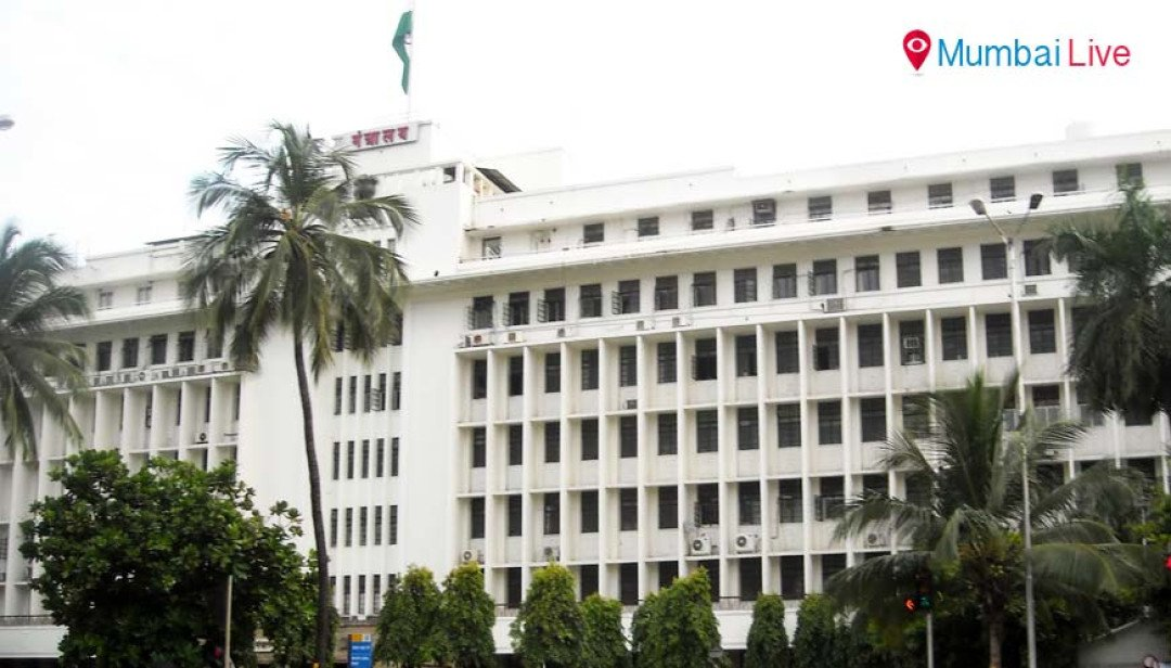 Mantralaya wears a deserted look