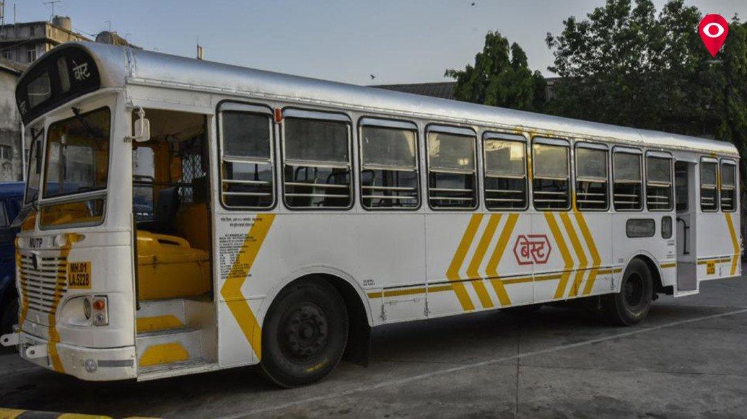 कॉर्पोरेट ट्रीप के लिए सफेद वातानुकूलित बस का इस्तेमाल