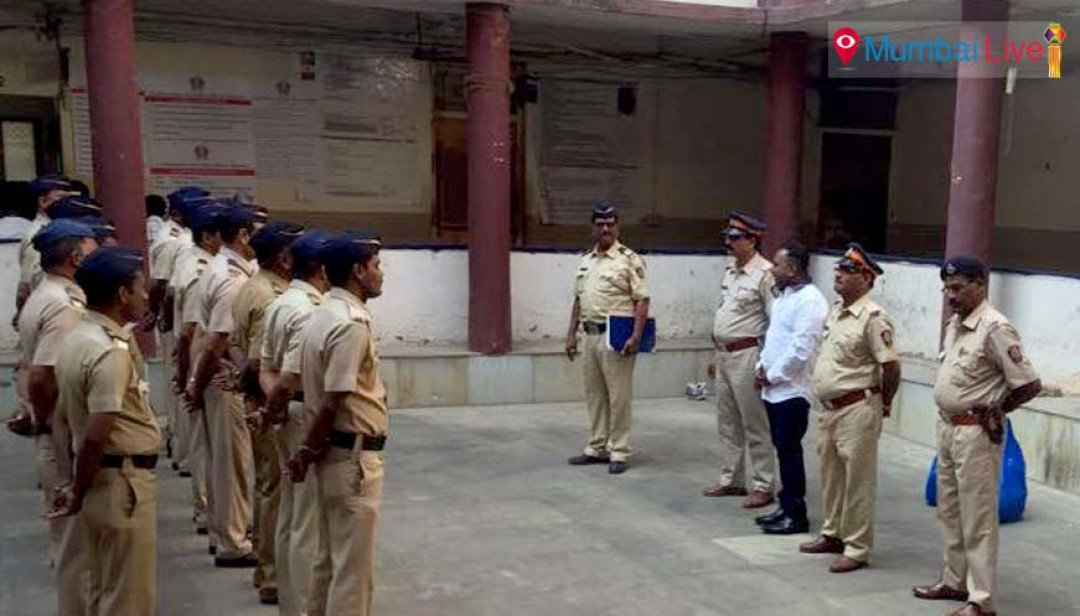 Corporator wishes police personnel on Diwali
