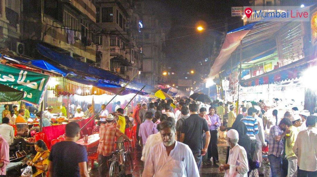 नाखूदा मोहल्ला में बीएमसी की तोड़क कार्रवाई