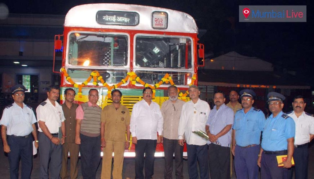 BEST starts long drive for commuters in night!