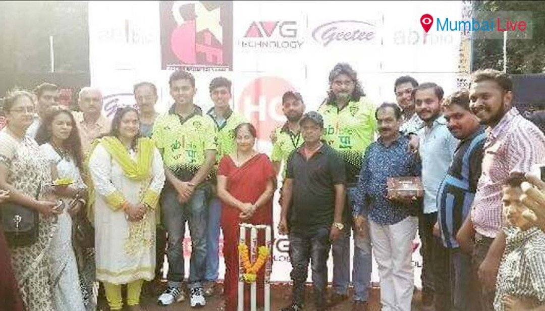 Vile Parle Warriors wins cricket cup