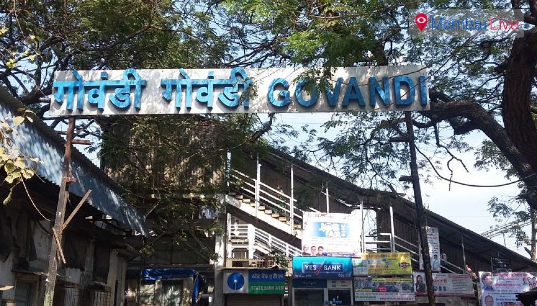 Man assaulted, looted at Govandi station