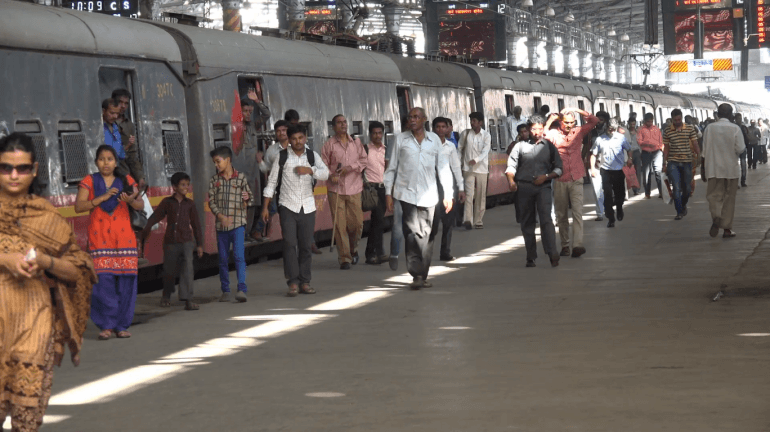 WR collects fine of INR 12.35 crore from ticket-less travellers