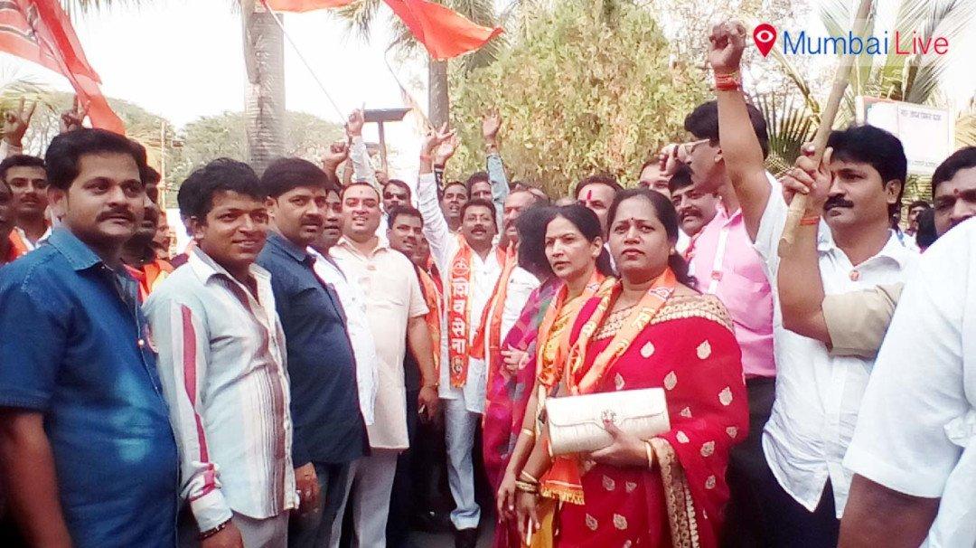 Shiv Sainiks against Prabhakar Shinde