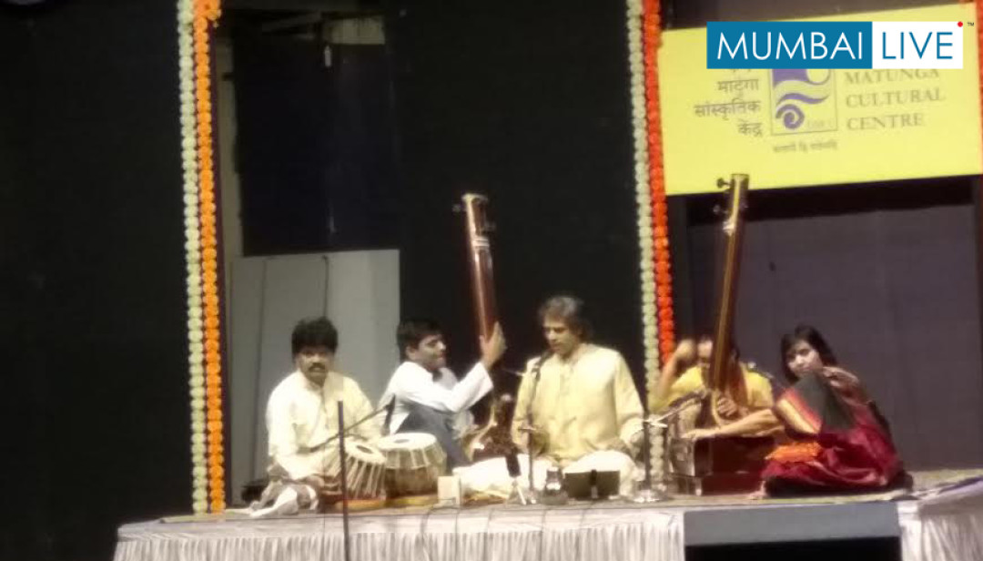 Sanjeev Chilamgi Singing Concert goes houseful