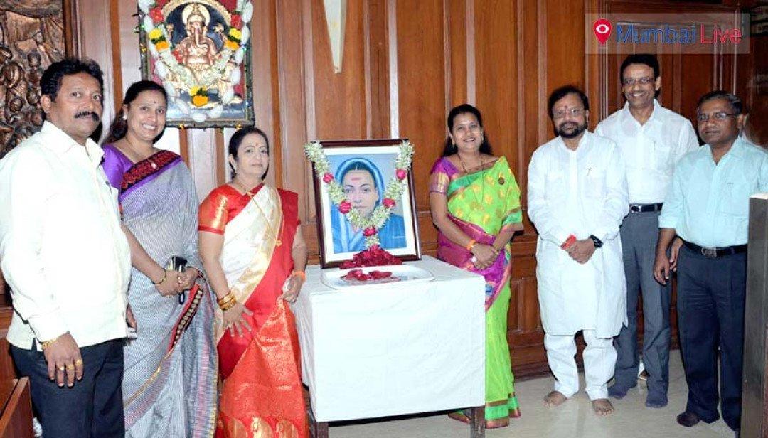 Tributes paid to Savitribai Phule