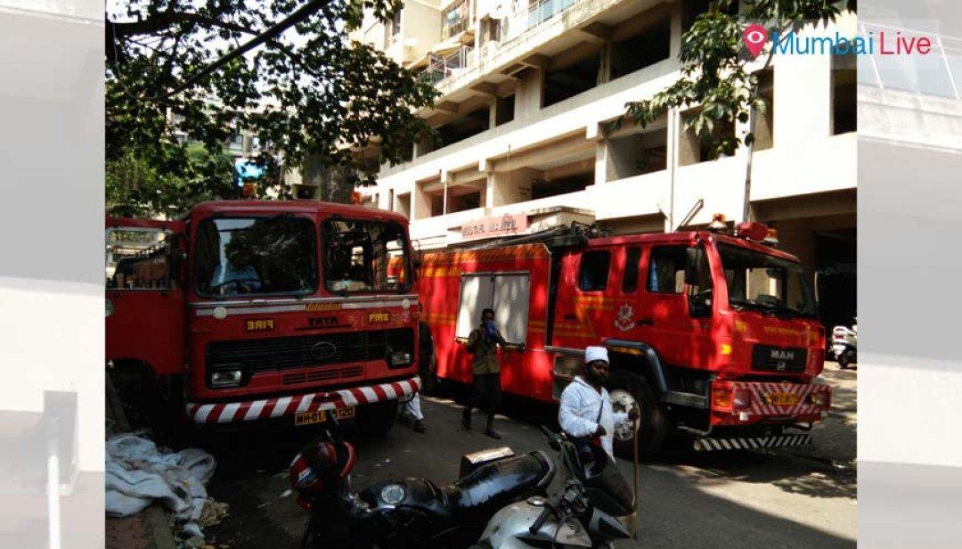 Short circuit causes fire at Nagpada