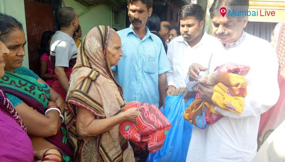 Distributed sugarcanes for Chhath Pooja