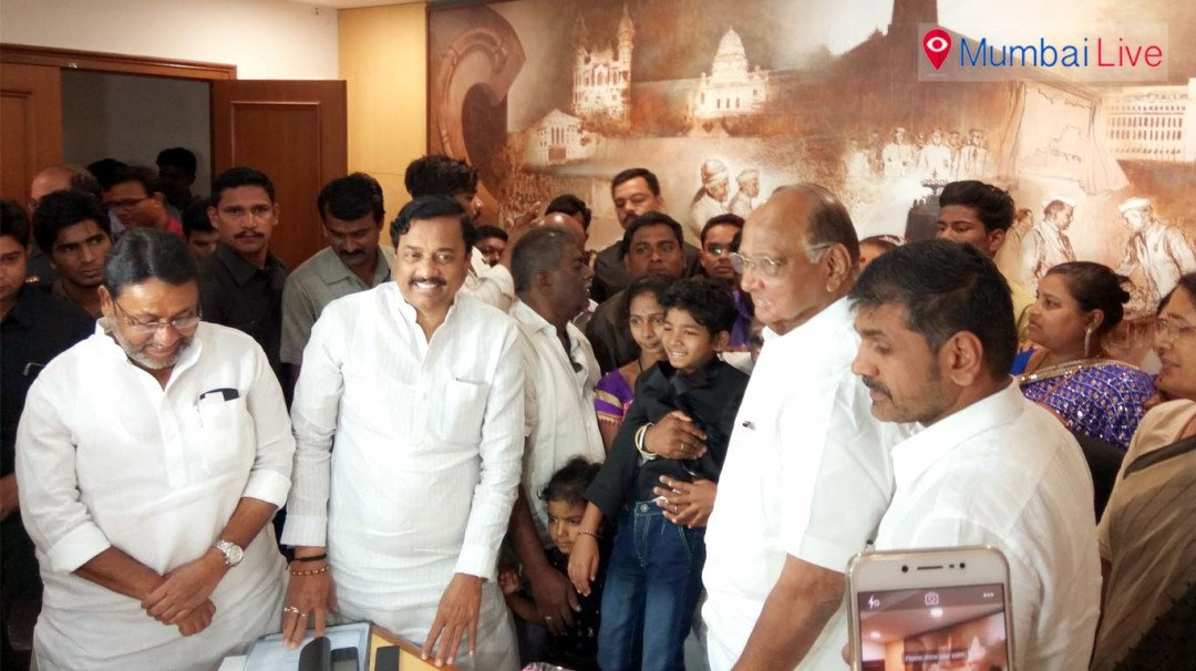 Sunny Pawar, fresh from Oscar glory, meets NCP chief Sharad Pawar