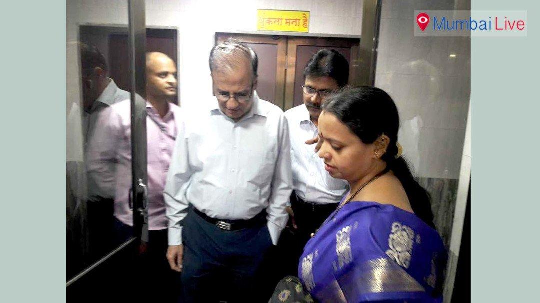 BMC Commissioner inspects AC public toilet
