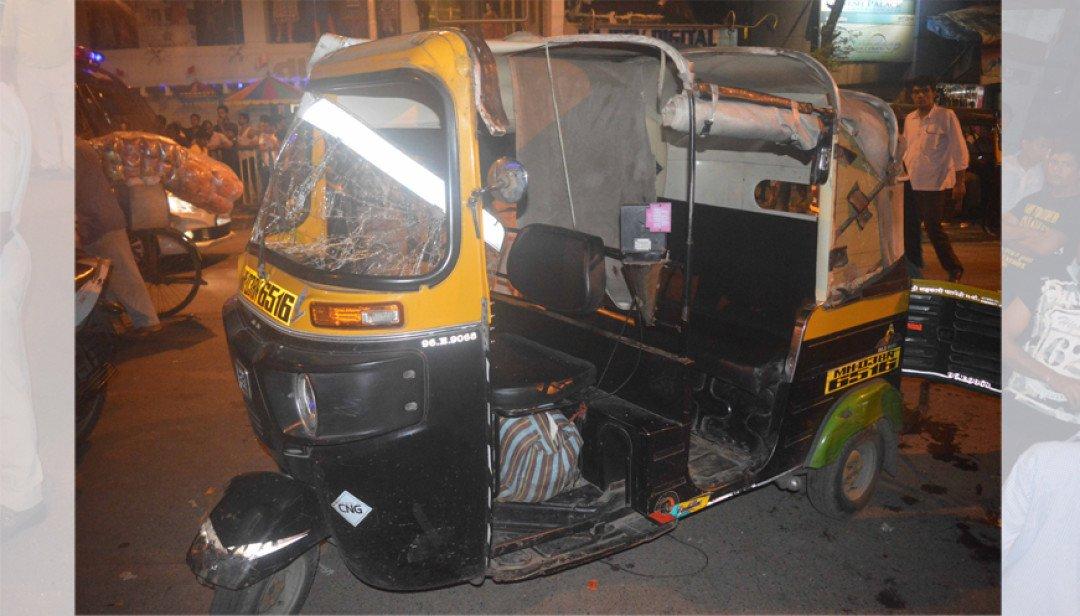 Auto- rickshaw demolition @ Ghatkopar