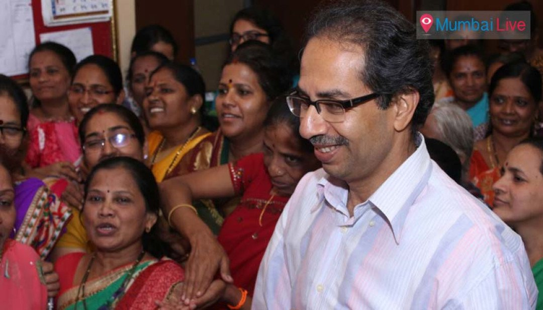 Uddhav urges cooperation to solve local issues