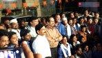 उद्धव ठाकरे ने की कार्यकर्ताओं से मुलाकात