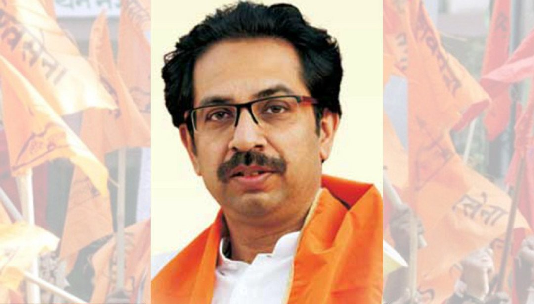 Uddhav Thackeray promises to support Policemen