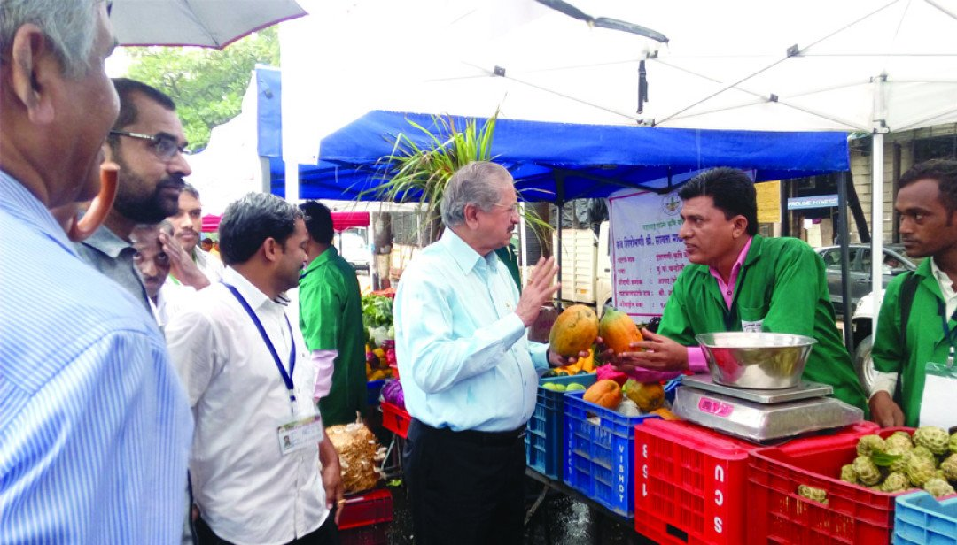 Farmer's market at Fort