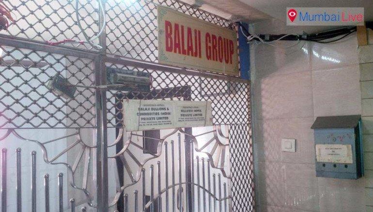 ED raids at Zaveri Bazaar, seizes 69 cr
