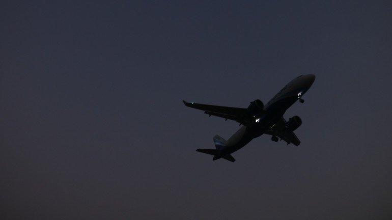 Billionaire Rakesh Jhunjhunwala Plans New Low-Cost Airline Known As 'Akasa Air'