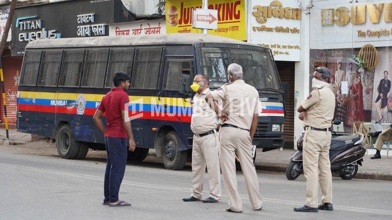 आखिर क्यों नहीं रुक रही है पुलिस कर्मियों के कोरोना की चपेट में आने की संख्या?