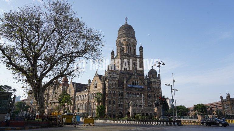 RTI से मिली जानकारी, बीएमसी ने 1997 से सड़कों पर 21,000 करोड़ रुपये से अधिक खर्च किए