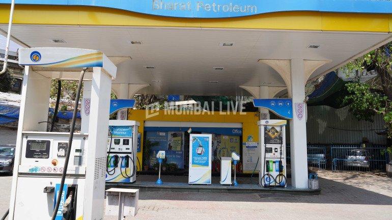 पेट्रोल फिर हुआ महंगा, मुंबई-पुणे में प्रति लीटर 102 के पार
